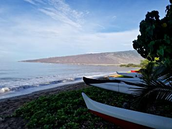 Outrigger Canoe | tranquility water | 2020 Maui Celestial Retreat